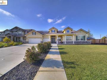 2473 Emerald Bay Dr, Brentwood, CA