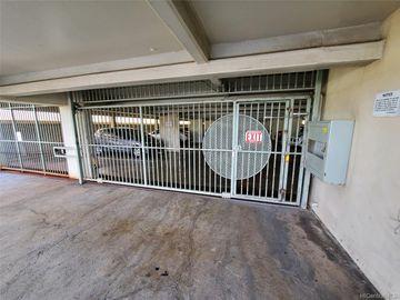 Rental 2609 Ala Wai Blvd unit #905, Honolulu, HI, 96815. Photo 2 of 23