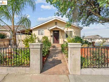 2700 Dolores St Antioch CA Home. Photo 2 of 5