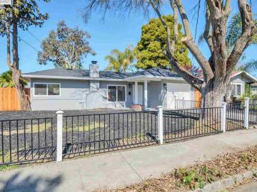 2871 Estates Dr, Manor Crest Vill, CA