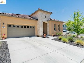 366 Parkfield Way, Oakley, CA