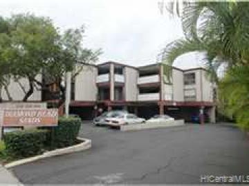 Rental 3731 Kanaina Ave, Honolulu, HI, 96815. Photo 1 of 1