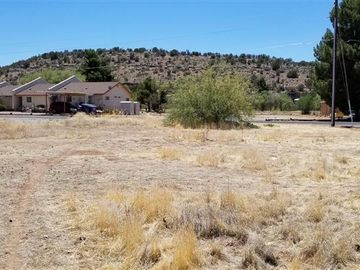 3950 E Valley Ln, Montez Pk 1 - 11, AZ