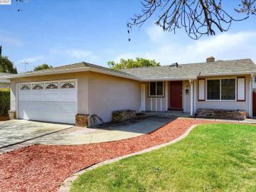 40153 Besco Dr, Sundale, CA