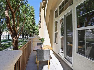 4060 Crandall Cir, Santa Clara, CA, 95054 Townhouse. Photo 5 of 40