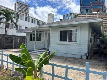 440 Pau St, Waikiki, HI
