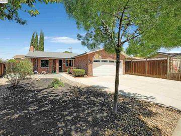 471 Hintz Ae, Central Tracy, CA