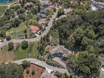 58 Oak Rd, Orinda, CA