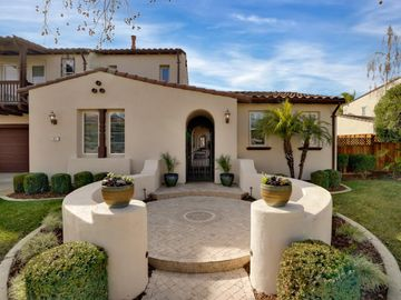 5921 Winged Foot Dr, Gilroy, CA