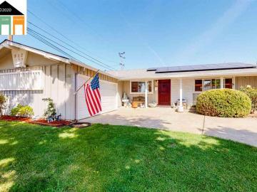 612 Chevy Chase Way, Fairway, CA