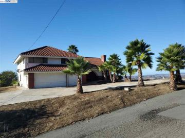 6171 Indian View Dr, Oceanside, CA