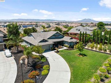 660 Big Bear Ct, Brentwood, CA