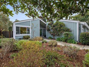 813 Runningwood Cir, Mountain View, CA