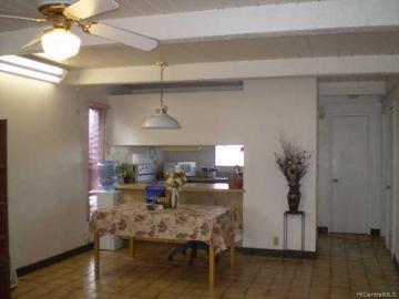 827 Ala Lilikoi St unit #3, Honolulu, HI, 96818 Townhouse. Photo 3 of 6