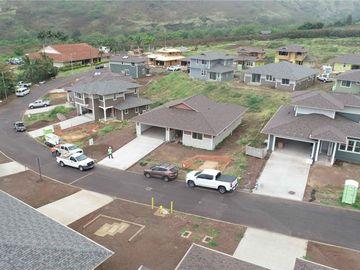 84-54 Maiola St Waianae HI Home. Photo 3 of 10