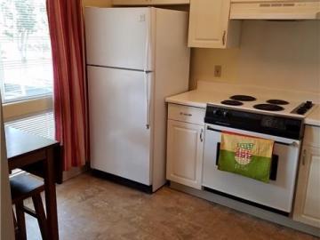 94-630 Lumiaina St unit #D202, Waipahu, HI, 96797 Townhouse. Photo 4 of 13